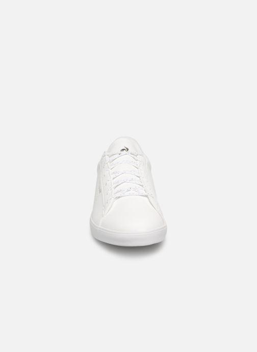 Baskets Le Coq Sportif Agate Sport Blanc vue portées chaussures