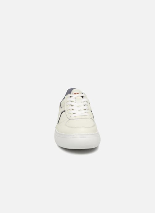 Sneakers Diadora Elite Wide I Bianco modello indossato