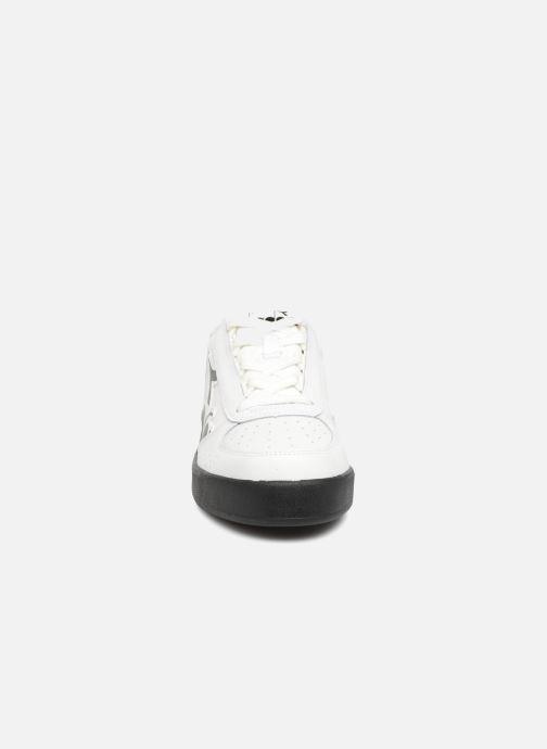 Baskets Diadora Elite Bolder Blanc vue portées chaussures