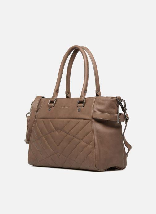 Handtaschen Sabrina Cécile braun schuhe getragen