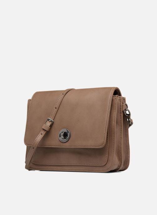 Mini Bags Sabrina Christelle braun schuhe getragen