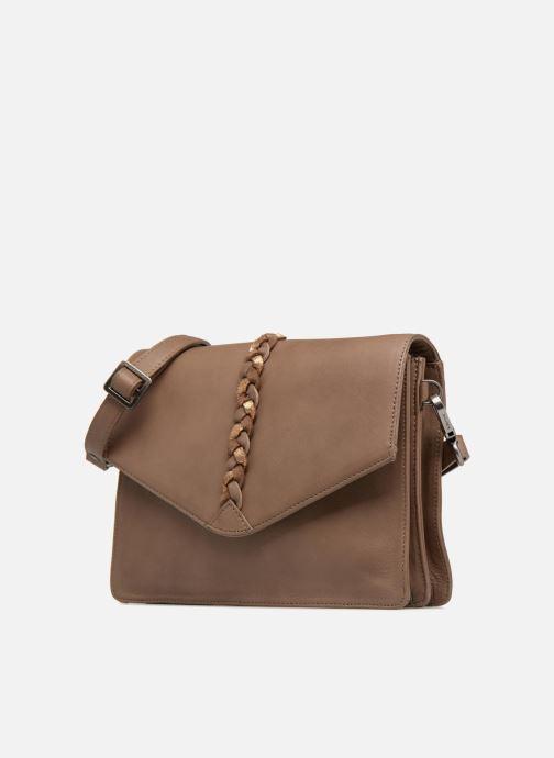 Mini Bags Sabrina Flavie braun schuhe getragen