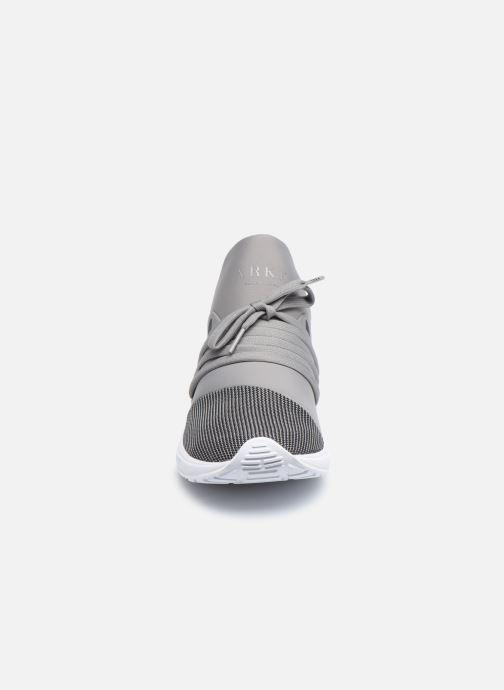 Baskets Arkk Copenhagen Raven Mesh S-E15 Gris vue portées chaussures