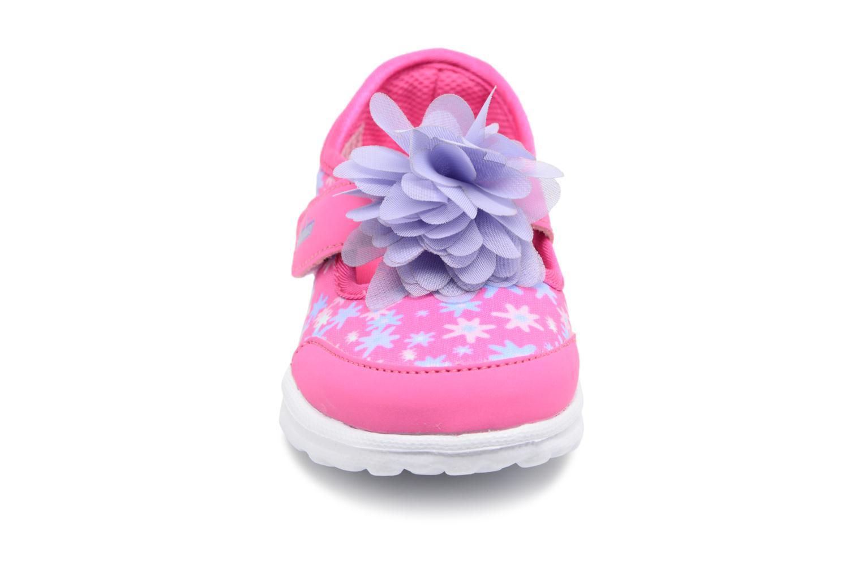 Sneakers Skechers GO WALK 4 BITTY BLOOMS Rosa modello indossato