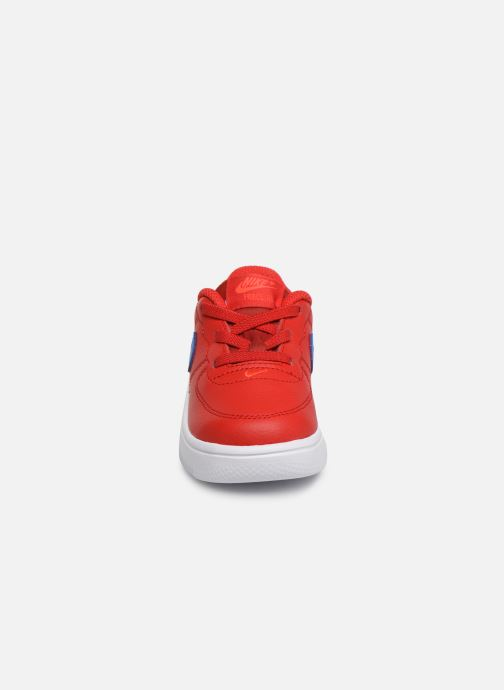 Baskets Nike Force 1 '18 (Td) Rouge vue portées chaussures