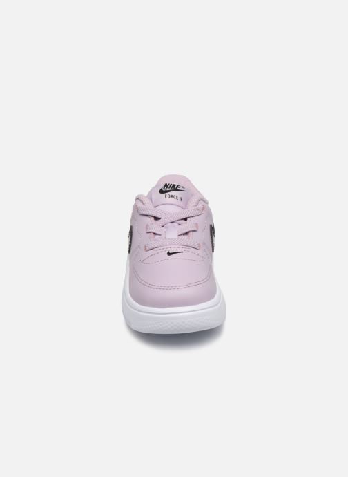 Baskets Nike Force 1 '18 (Td) Rose vue portées chaussures