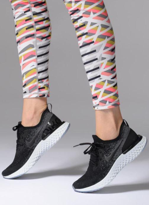 Sportschuhe Nike Nike Epic React Flyknit (Gs) schwarz ansicht von unten / tasche getragen