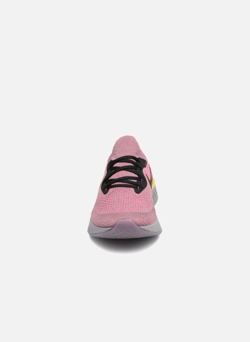 Zapatillas de deporte Nike Nike Epic React Flyknit (Gs) Gris vista del modelo
