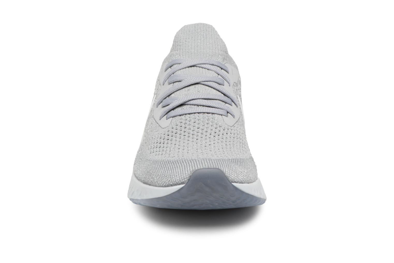 Sportschuhe Nike Nike Epic React Flyknit (Gs) grau schuhe getragen