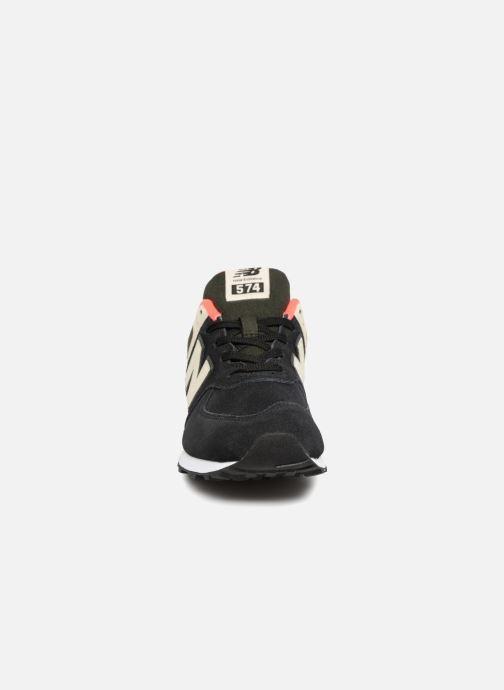 Baskets New Balance GC574 Noir vue portées chaussures