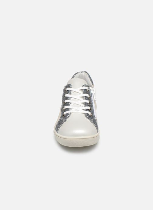 Baskets Minibel Renata Blanc vue portées chaussures