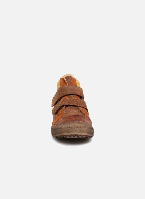 Baskets Minibel Ricardo Marron vue portées chaussures
