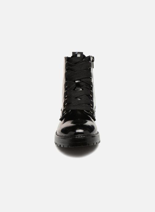 Bottines et boots ONLY onlBAD PATENT LACE UP BOOTIE Noir vue portées chaussures