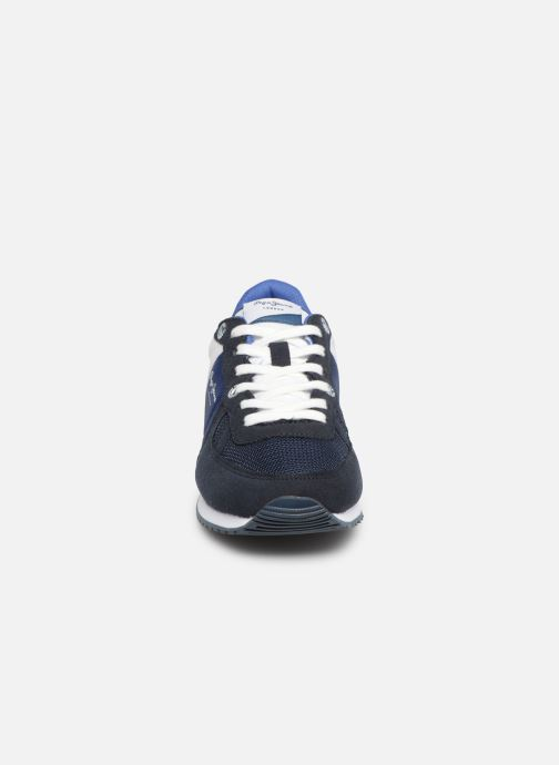 Deportivas Pepe jeans Sydney Basic Azul vista del modelo