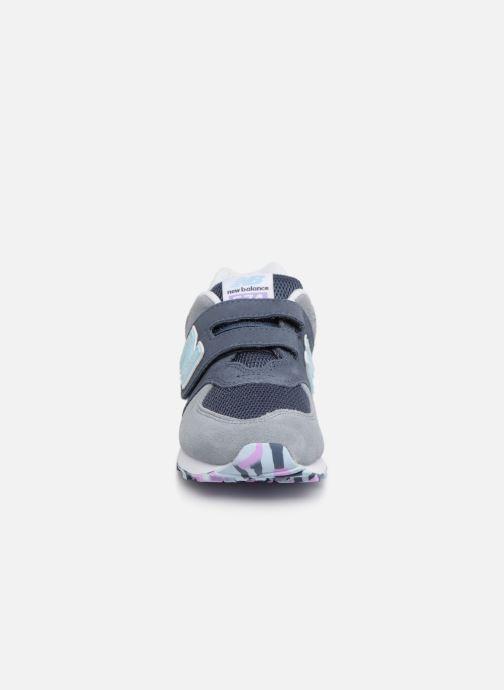 Sneaker New Balance YV574 grau schuhe getragen