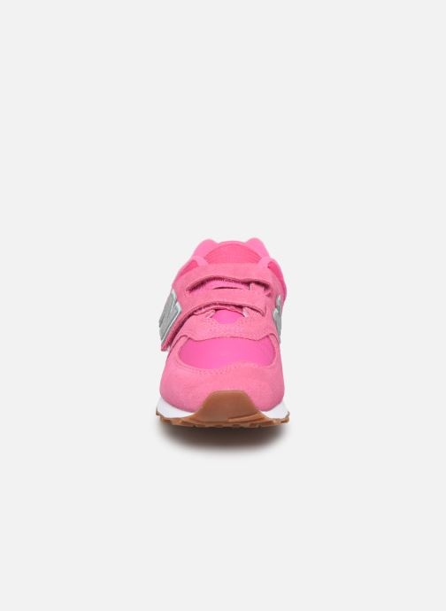 Baskets New Balance YV574 Rose vue portées chaussures