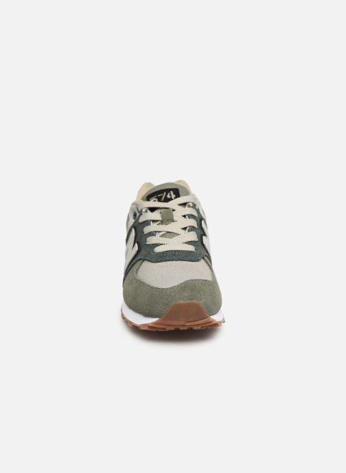 Baskets New Balance PC574 Vert vue portées chaussures