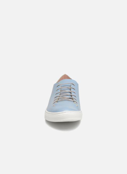 Baskets L37 Angie Bleu vue portées chaussures
