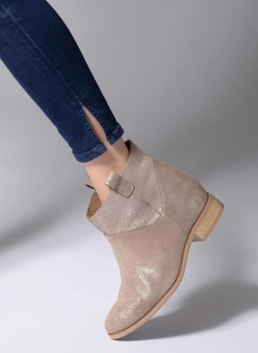 Ankle boots L37 End of Time Up Bronze and Gold view from underneath / model view