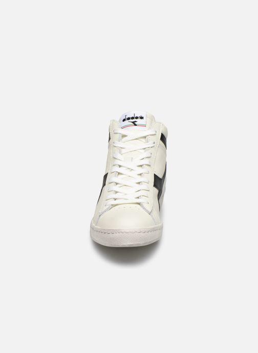 Baskets Diadora GAME L HIGH WAXED Blanc vue portées chaussures