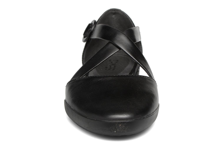 Ballerines Camper Casi Tiptap Noir vue portées chaussures