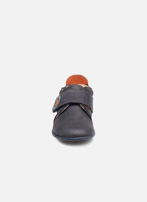 Pantofole Bopy Pavelo Azzurro modello indossato