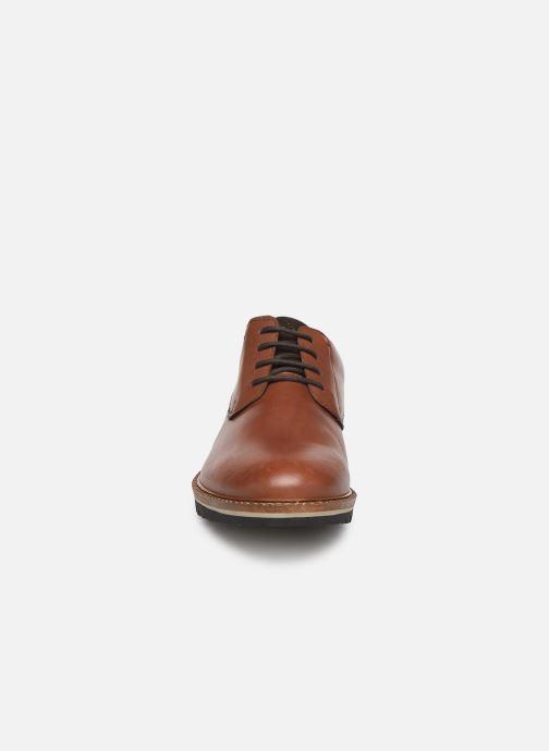 Zapatos con cordones TBS Haldenn Marrón vista del modelo