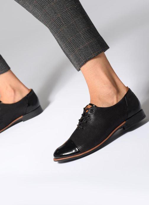 Chaussures à lacets TBS Missies Noir vue bas / vue portée sac