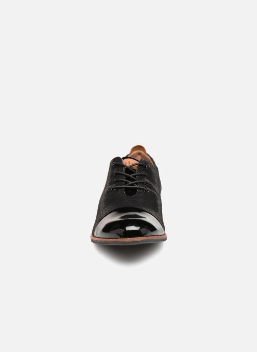Zapatos con cordones TBS Missies Negro vista del modelo