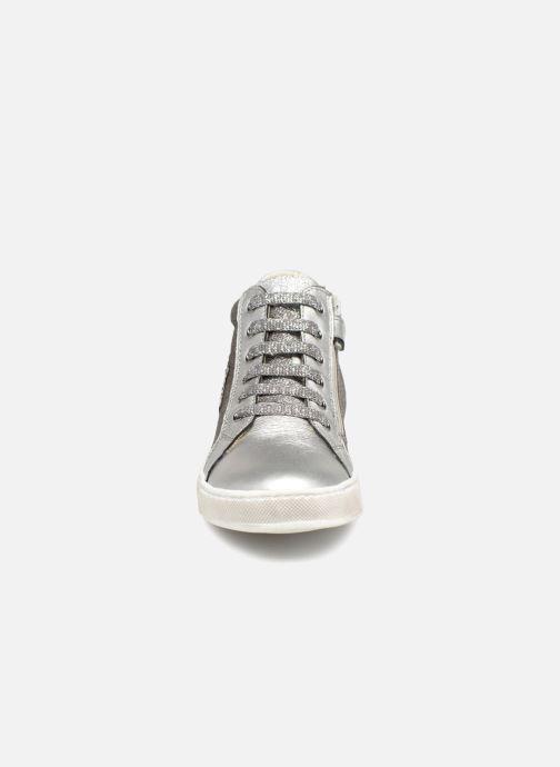 Baskets Naturino Mons Argent vue portées chaussures