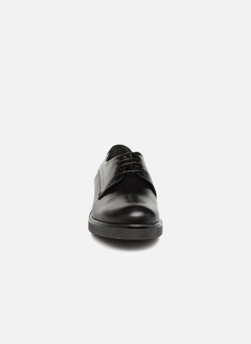 Chaussures à lacets Georgia Rose Niroule Noir vue portées chaussures