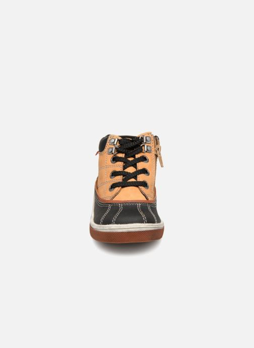Bottines et boots NA! Ambo Marron vue portées chaussures