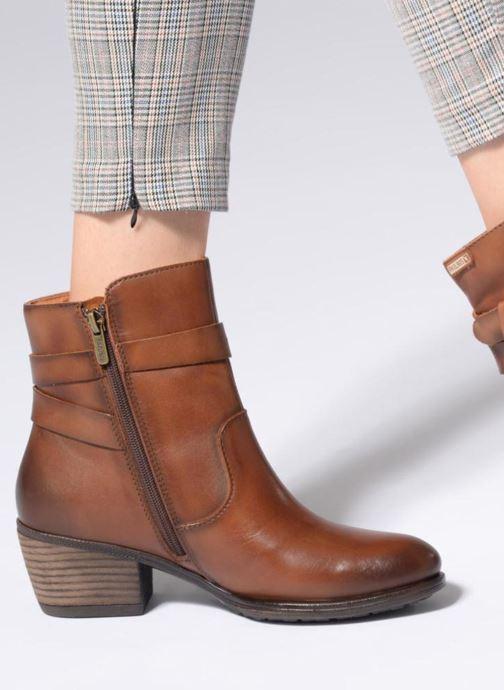 Bottines et boots Pikolinos Baqueira W9M-8563 Marron vue bas / vue portée sac