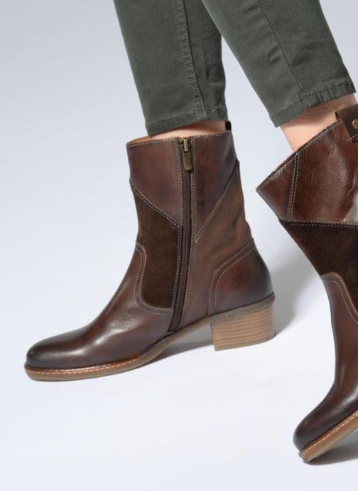 c503dc0fea11d3 Stiefel Pikolinos Zaragoza W9H-8705 braun ansicht von unten   tasche  getragen