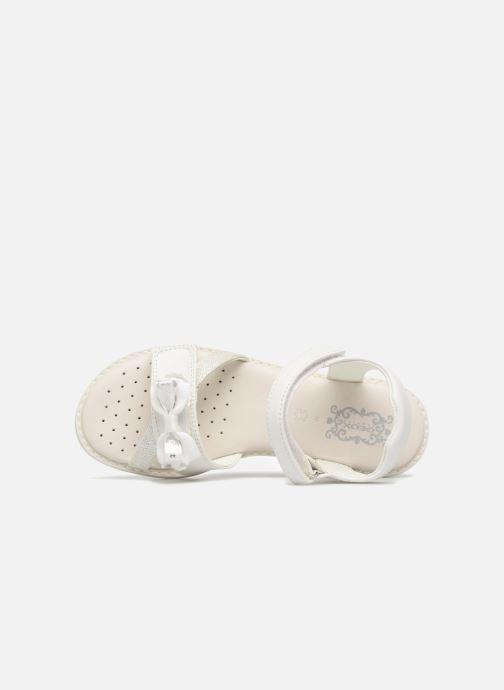 Sandales et nu-pieds Geox J S.GIGLIO B J62E2B Blanc vue gauche