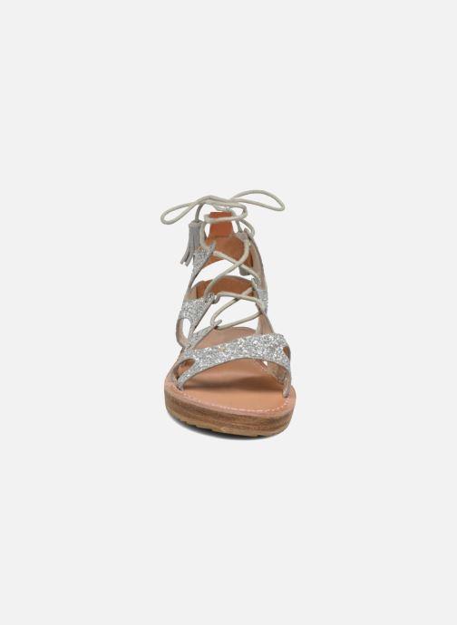 Sandalen Coolway BOAVISTA silber schuhe getragen
