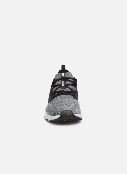 Zapatillas de deporte Nike Wmns Nike Air Bella Tr Negro vista del modelo