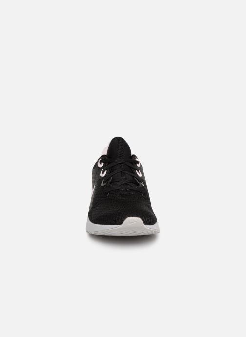 Chaussures de sport Nike Wmns Nike Legend React Noir vue portées chaussures
