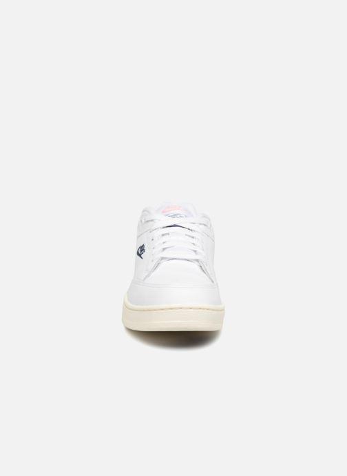 buy popular 379c9 96505 Baskets Nike Grandstand Ii Blanc vue portées chaussures