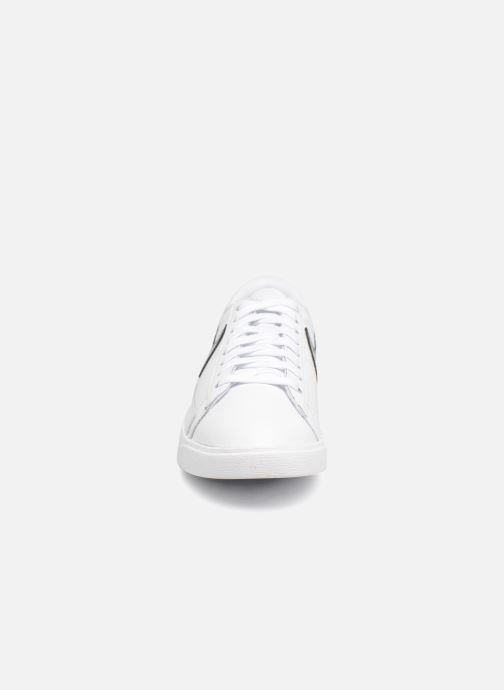 Sneaker Nike W Blazer Low weiß schuhe getragen