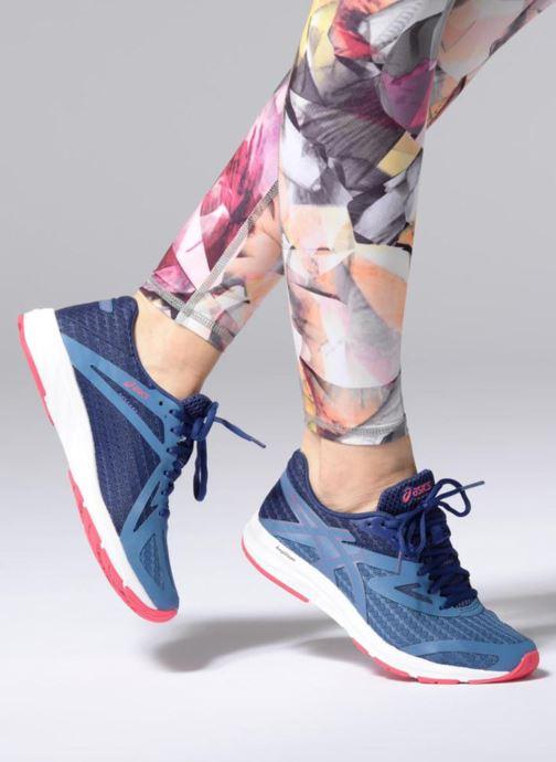 Chaussures de sport Asics Amplica Bleu vue bas / vue portée sac