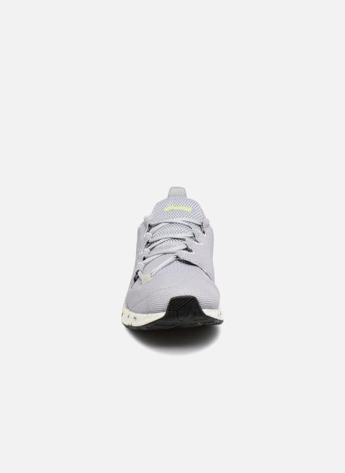 Baskets Asics Hyper Gel-Sai Bleu vue portées chaussures