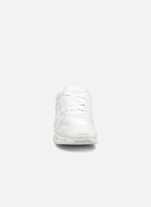Baskets Asics Hyper Gel-Lyte Blanc vue portées chaussures