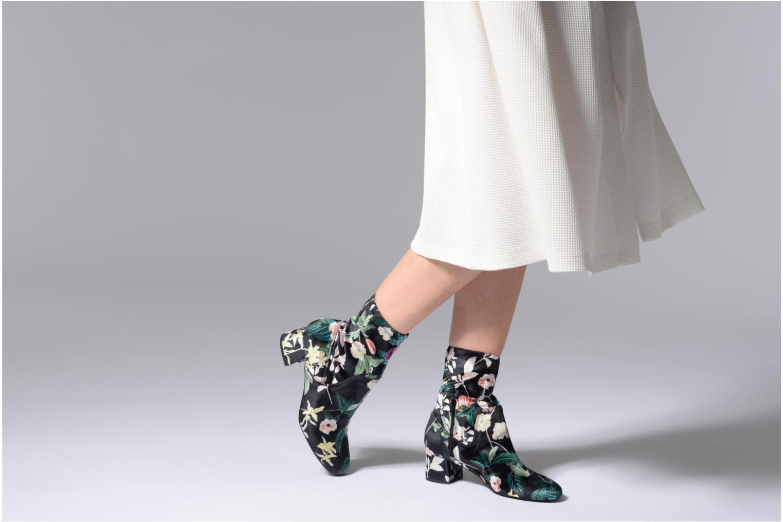 Bottines et boots Essentiel Antwerp Rother Noir vue bas / vue portée sac