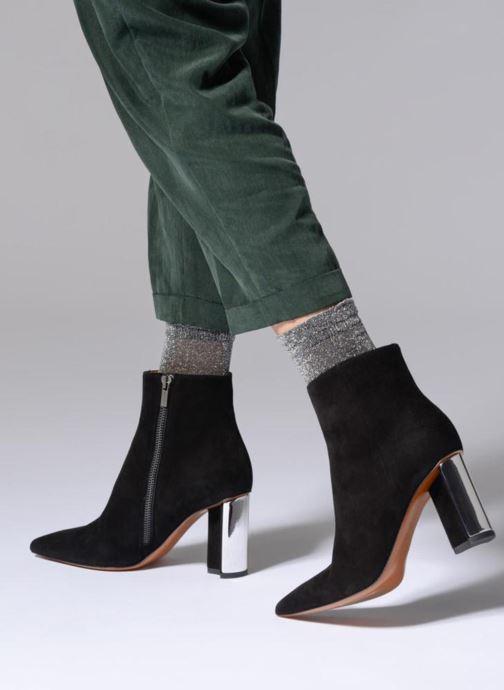 Bottines et boots Clergerie Katia Noir vue bas / vue portée sac