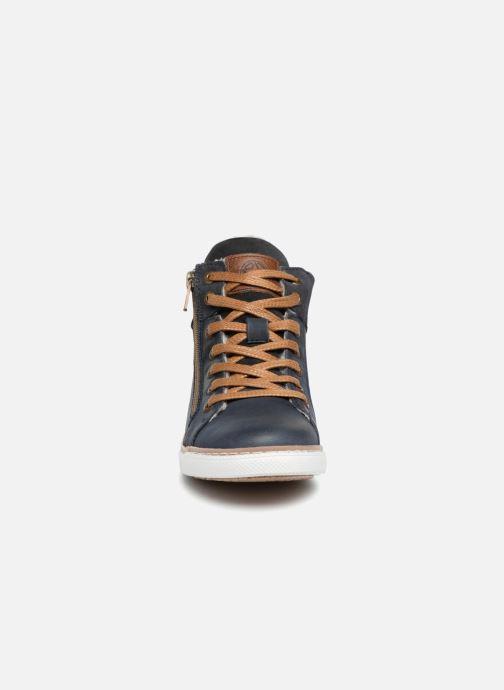 Baskets Bullboxer Abel Bleu vue portées chaussures