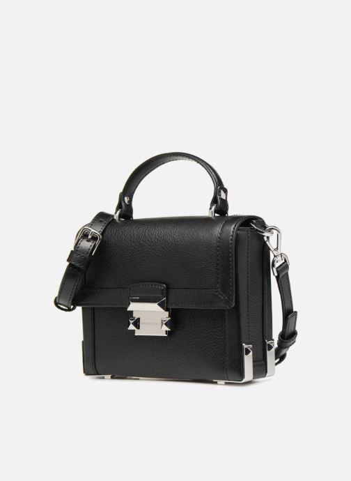 Handtaschen Michael Michael Kors Jayne SM Trunk Bag schwarz schuhe getragen
