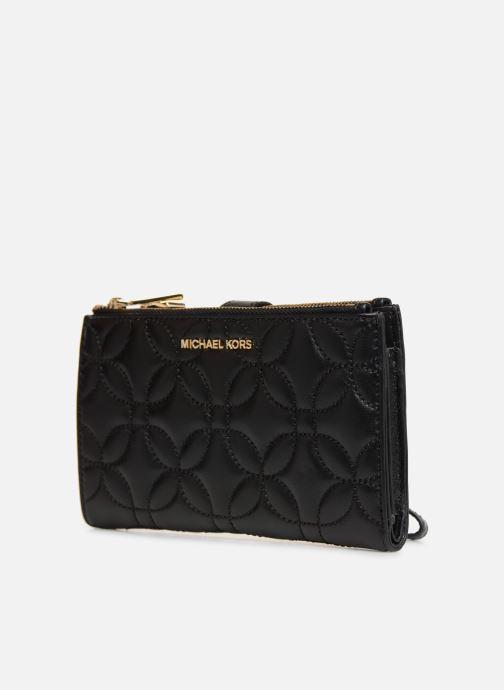 Petite Maroquinerie Michael Michael Kors WRISLET DOUBLE ZIP Noir vue portées chaussures