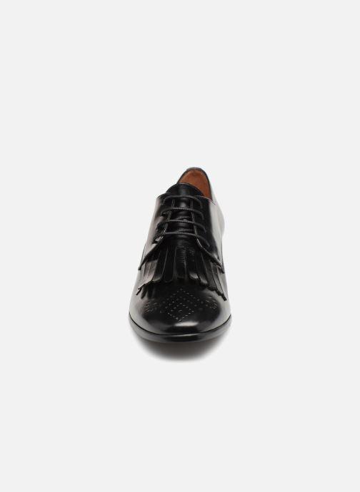 Chaussures à lacets Georgia Rose Tafango Noir vue portées chaussures