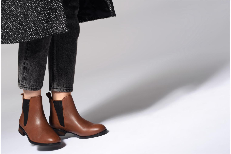 Bottines et boots Georgia Rose Steeva Marron vue bas / vue portée sac